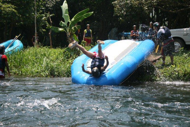 Rafting Bajada En Balsa Rapidos Rio Actopan Chicuasen Veracruz