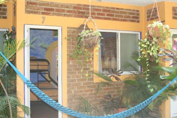 Hospedaje y Alojamiento Ecoturistico En El Campamento Rio Actopan Chicuasen Veracruz
