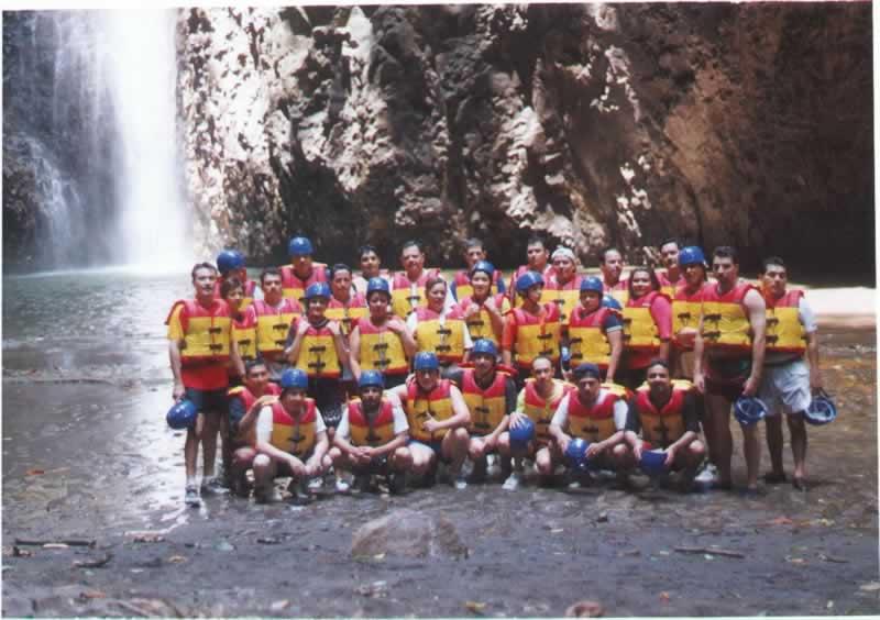 Staff Del Campamento En Tlapacoyan Rio Filobobos Veracruz